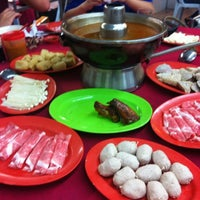 Photo taken at Ketam Steamboat Seafood by Sueanne on 10/19/2012