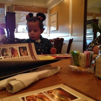 Photo taken at Marie Callender's by Rubén L. on 11/27/2013