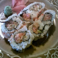 Photo taken at Osho Japanese Restaurant by Toby R. on 9/21/2012