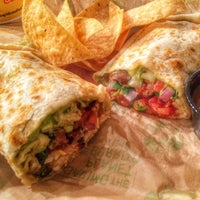 Photo taken at Baja Fresh Mexican Grill by !Hide K. on 11/21/2014