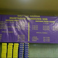 Photo taken at Martabak Bandung 999 by Om A. on 2/13/2013