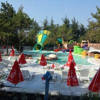 Photo taken at Aquapark Aquamania by Paffy P. on 8/12/2014