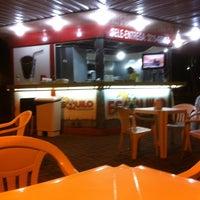 Photo taken at Esquilo Sanduiches BurgerMaxx by Valdemar S. on 1/21/2013