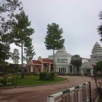 Photo taken at Angkor National Museum by りゅう on 6/19/2013