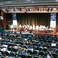 Photo taken at Teatro Prosa by Rogério V. on 4/30/2013