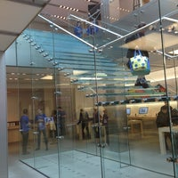 Photo taken at Apple Union Square by Kyron B. on 6/25/2013