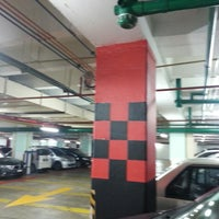 Photo taken at Menara Maybank GM's parking by ♛-∂ÑƝă_Ƨ'ӃĻ®™©-♛ on 10/8/2014