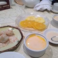 Photo taken at Chuk Yuen Seafood Restaurant 竹園海鮮飯店 by Sun Hwa J. on 1/19/2015