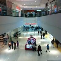Photo taken at Shopping São José by Dani F. on 4/16/2013