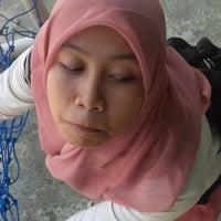 Photo taken at SMA Negeri 17 Makassar by Sigit A. on 11/2/2014