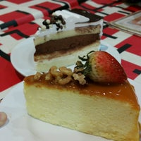 Photo taken at De Pastry Chef by Cheryl S. on 9/30/2016
