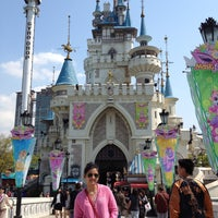 Photo taken at Lotte World Adventure by Kirstine d. on 4/26/2013