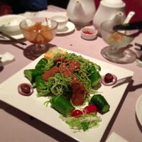 Photo taken at Chao Yang Chinese Cuisine 朝陽飯莊 by Betty W. on 2/17/2013