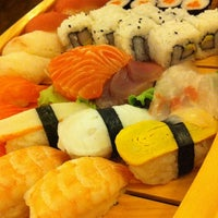 Photo taken at Sushidoro by GiMmi B. on 8/26/2012