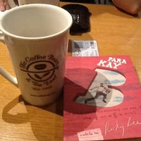 Photo taken at The Coffee Bean & Tea Leaf by Jean M. on 3/4/2012
