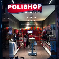 Photo taken at Polishop by Eduardo C. on 7/30/2011