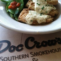 Photo taken at Doc Crow's Southern Smokehouse & Raw Bar by Louisville on 10/11/2011