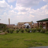 Photo taken at Jamiatul Islamiyah Darul Uloom Zakariyya by Bob O. on 1/21/2012
