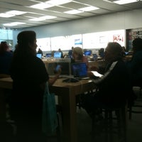 Photo taken at MAC Store by UTOPIA g. on 11/22/2011