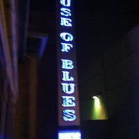 Photo taken at House of Blues Anaheim by Jonathon F. on 8/15/2011