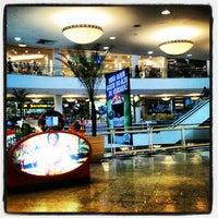 Photo taken at Shopping Praia da Costa by José Eduardo C. on 8/30/2012