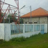 Photo taken at Site Telkomsel Pamekasan 3 by ♛ Azis Backpacker ♛ I. on 12/21/2011