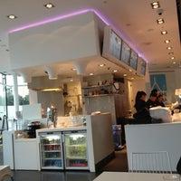 Photo taken at Sushi Yama by Ernst-Georg L. on 8/26/2012