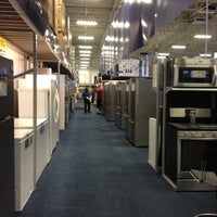 Photo taken at Best Buy by Madhu on 7/31/2012