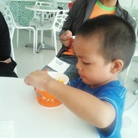 Photo taken at Tutti Frutti by Izzati J. on 9/9/2012