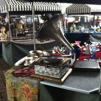 Photo taken at Feira de Antiguidades do Masp by Giuseppe C. on 9/9/2012