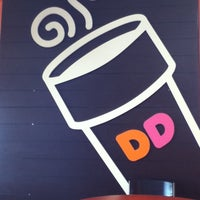 Photo taken at Dunkin Donuts by Jina S. on 3/14/2012