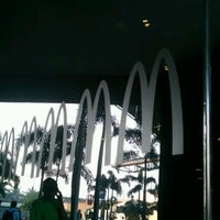 Photo taken at McDonald's by Renieson V. on 7/23/2012