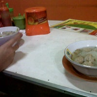 Photo taken at Bakso Kepala Sapi by Rangga W. on 11/3/2011