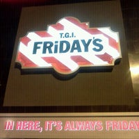 Photo taken at TGI Fridays by Wilfred T. on 11/5/2011