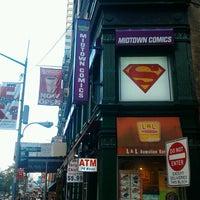Photo taken at Midtown Comics by Leonardo Z. on 9/9/2012