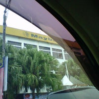 Photo taken at Maybank Berhad by =€¥€MohdHisaMHjSaiD&&£₩ on 8/23/2011