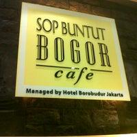 Photo taken at Sop Buntut Bogor Cafe by Elizabeth S. on 8/15/2012