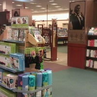 Photo taken at Barnes & Noble by Andrea H. on 5/23/2012