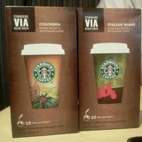 Photo taken at Starbucks by Ahman D. on 12/11/2011