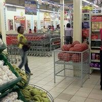 Photo taken at Shoprite by Hanson M. on 3/12/2012