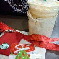 Photo taken at Starbucks by Carmen F. on 11/8/2011