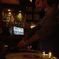 Photo taken at Organika - Organic Bar & Kitchen by Jairo B. on 11/28/2011