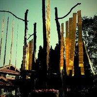 Photo taken at Doi Tung Royal Villa by yaipaan on 1/3/2012