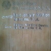 Photo taken at Edificio Bristol Myers de Venezuela by Angers G. on 8/15/2011
