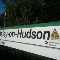 Photo taken at Metro North - Ardsley-on-Hudson Train Station by 0zzzy on 9/9/2011