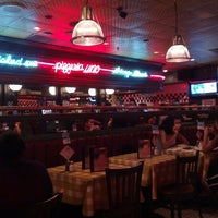 Photo taken at Uno Pizzeria & Grill - Forest Hills by Brian K. on 8/12/2012