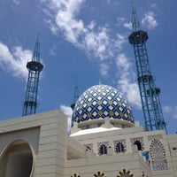 Photo taken at Andalusia Islamic Center by Allam I. on 3/23/2012