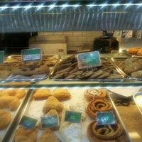 Photo taken at Aunt Butchie's Desserts Bakery Cafe by Fly Lady Dii on 5/1/2012