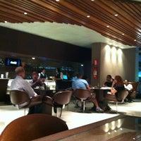 Photo taken at Café do Palácio by Edgard M. on 2/15/2012