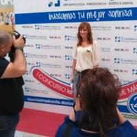 Photo taken at La Sonrisa Más Bonita de Málaga, con Crooke & Laguna by Angel d. on 10/15/2011